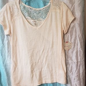 Basic lace juniors tee